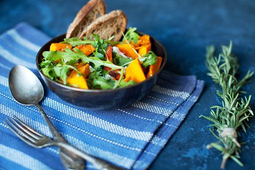 Bowl「Pumpkin salad」:スマホ壁紙(1)
