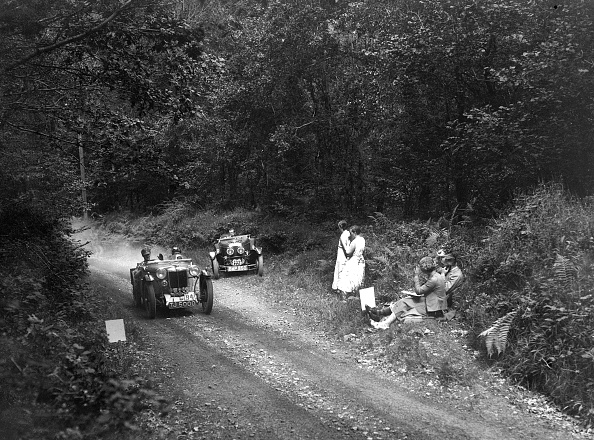 Country Road「MG PA of JM Toulmin and Frazer-Nash TT replica, 1930s」:写真・画像(19)[壁紙.com]