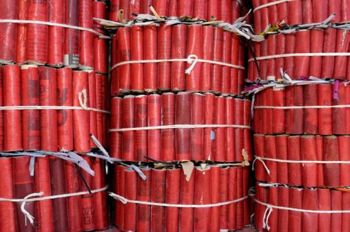 Explosive「Bundle of Fire Crackers for Sale」:スマホ壁紙(12)