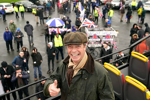 Christopher Furlong「Nigel Farage Launches The Pro-Brexit March To Leave From Sunderland」:写真・画像(9)[壁紙.com]