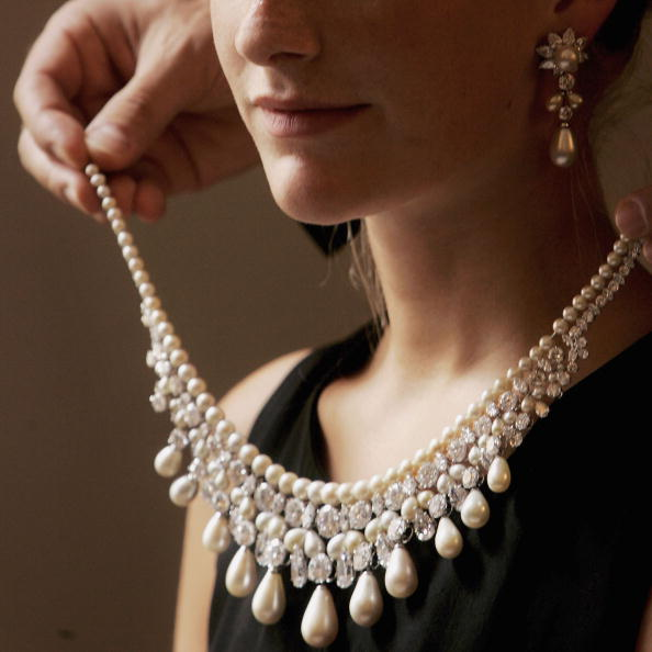 Necklace「$20 Million Jewellery Collection To Be Auctioned」:写真・画像(14)[壁紙.com]