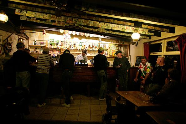 Ceiling「Bel Air Pub Sark」:写真・画像(6)[壁紙.com]