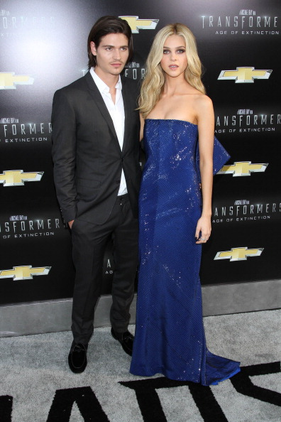 """Strapless Evening Gown「""""Transformers: Age Of Extinction"""" New York Premiere」:写真・画像(15)[壁紙.com]"""