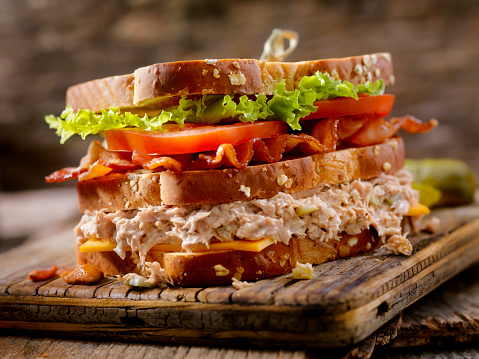 Toasted Sandwich「Tuna Salad, BLT, Clubhouse Sandwich」:スマホ壁紙(13)
