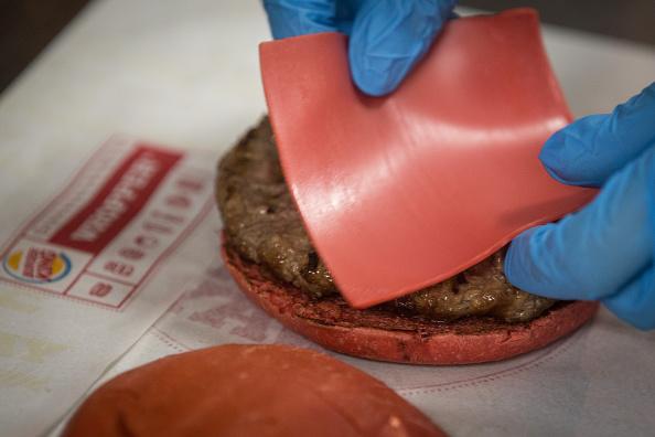 Tomato Sauce「Burger King Japan Introduces Angry Red Burger Samurai」:写真・画像(5)[壁紙.com]