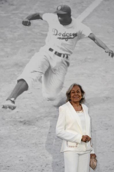 "Baseball - Sport「Premiere Of Warner Bros. Pictures' And Legendary Pictures' ""42"" - Red Carpet」:写真・画像(8)[壁紙.com]"