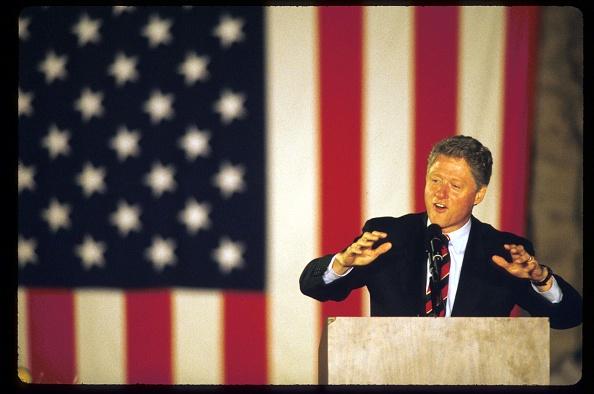 Bill Clinton「Clinton Campaigning On Final Weekend」:写真・画像(8)[壁紙.com]