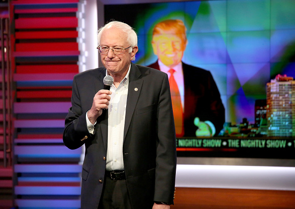 """US Democratic Party 2016 Presidential Candidate「Senator Bernie Sanders Makes Fourth Appearance on Comedy Central's """"The Nightly Show With Larry Wilmore"""" April 13, 2016」:写真・画像(14)[壁紙.com]"""
