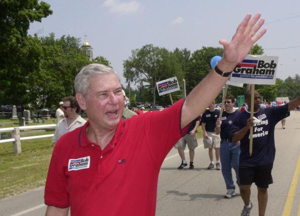 Politics「Democratic Presidential Candidates Campaign In New Hampshire」:写真・画像(19)[壁紙.com]