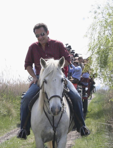 Camargue「French Right-Wing Presidential Candidate Nicolas Sarkozy In Camargue」:写真・画像(12)[壁紙.com]