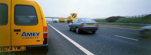 2002「Rolling road closure on motorway. United Kingdom.」:写真・画像(14)[壁紙.com]
