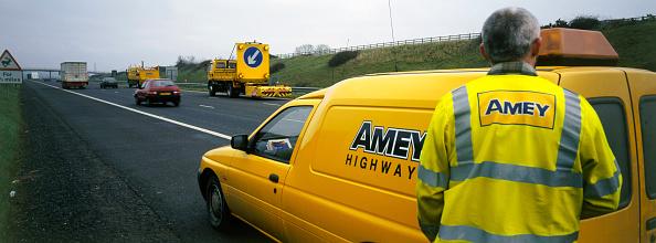 2002「Rolling road closure on motorway. United Kingdom.」:写真・画像(16)[壁紙.com]