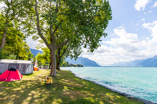 Tent「Camping by Lake Geneva, Switzerland」:スマホ壁紙(18)