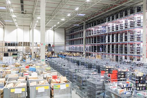 Aisle「Large distribution warehouse」:スマホ壁紙(14)