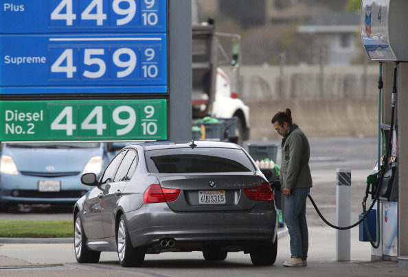 Garage「Turmoil In Iraq Pushes Gas Prices To Highest Level Since 2008」:写真・画像(14)[壁紙.com]