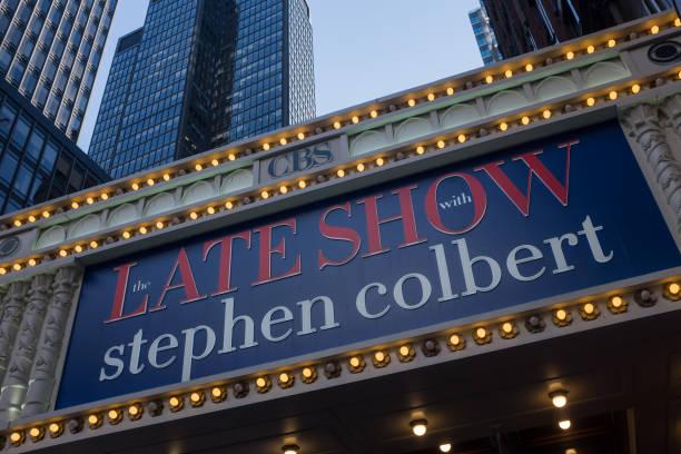 Colbert's Name In Lights:ニュース(壁紙.com)