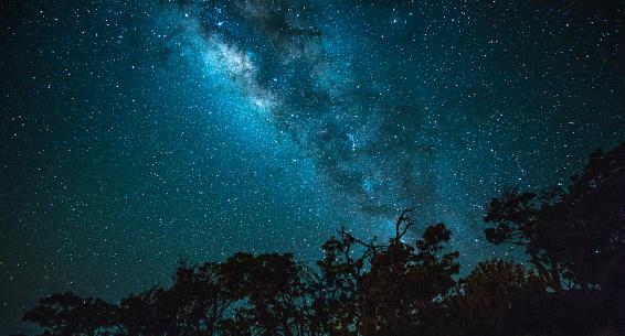 Solar System「Vibrant Milky Way」:スマホ壁紙(1)