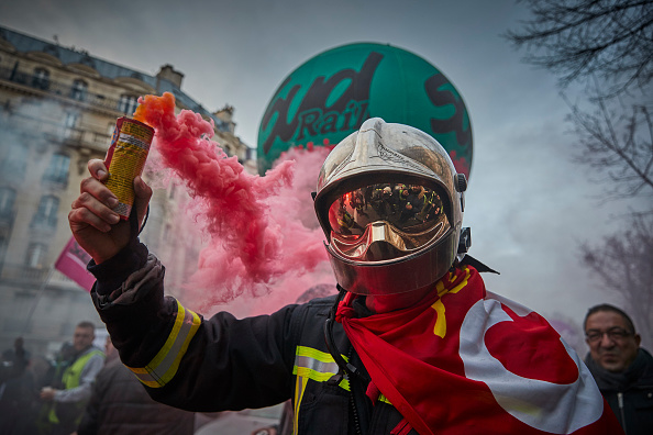 France「French Unions Take To The Streets Again In National Strike Effort」:写真・画像(13)[壁紙.com]