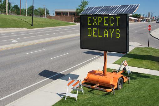 Delayed Sign「Solar powered traffic warning sign」:スマホ壁紙(3)
