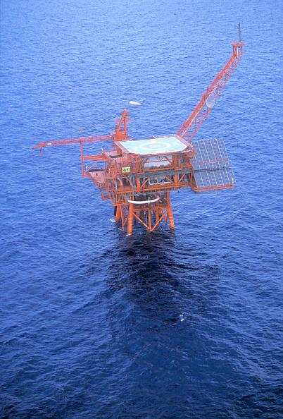 Mediterranean Sea「Solar powered gas platform, Egypt, Mediterranean Sea」:写真・画像(6)[壁紙.com]