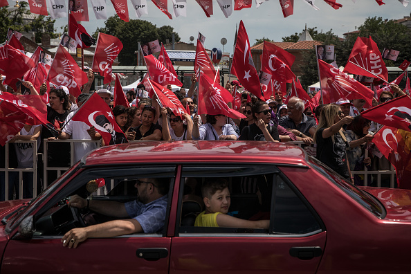 Chris McGrath「CHP Party Presidential Candidate Muharrem Ince Campaigns In Istanbul」:写真・画像(7)[壁紙.com]