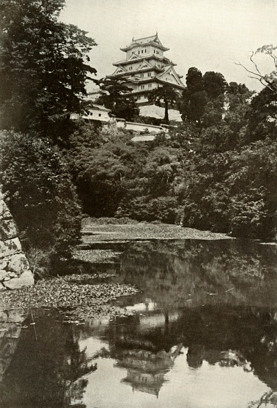 Edo Period「An Old Feudal Castle From The Moat」:写真・画像(15)[壁紙.com]