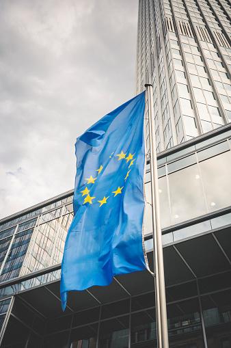 Pole「Flag of the European Community in Frankfurt am Main」:スマホ壁紙(6)