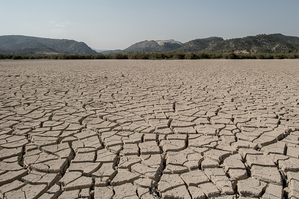 Cracked「Climate Change Warnings As Southern Spain's Deserts Expand Due To Drought」:写真・画像(4)[壁紙.com]