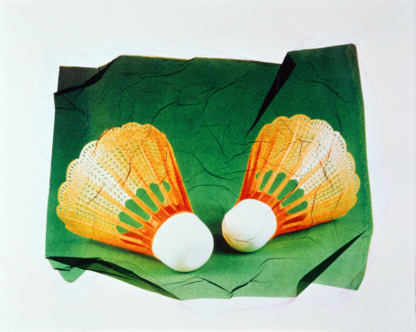 Competitive Sport「Badminton shuttlecocks with green background (transfer image)」:スマホ壁紙(19)