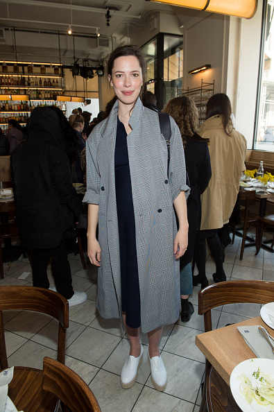 Rebecca Hall「Gabriela Hearst - Front Row - February 2018 - New York Fashion Week」:写真・画像(6)[壁紙.com]