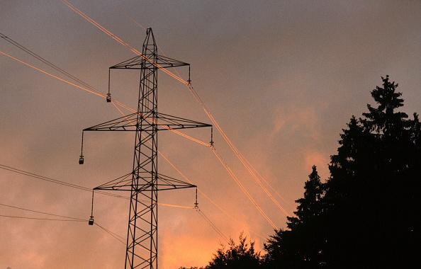 Architectural Column「Pylon and power transmission lines at evening」:写真・画像(2)[壁紙.com]