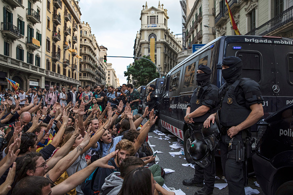 Bestpix「Aftermath Of The Catalonian Independence Referendum」:写真・画像(3)[壁紙.com]