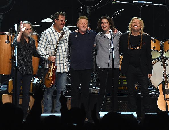 ミュージシャン「Eagles in Concert at The Grand Ole Opry - Nashvile, TN」:写真・画像(17)[壁紙.com]