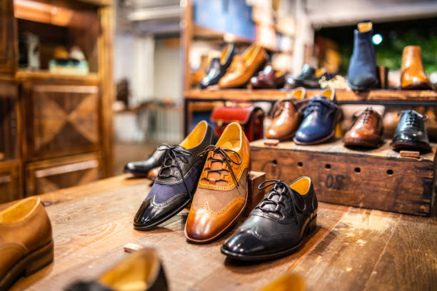 Boutique shoes in a store:スマホ壁紙(壁紙.com)