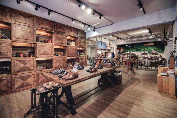Boutique shoe store:スマホ壁紙(壁紙.com)