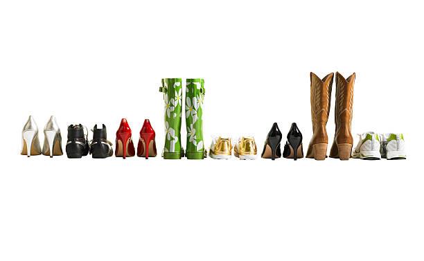 Various shoes in a row, studio shot:スマホ壁紙(壁紙.com)