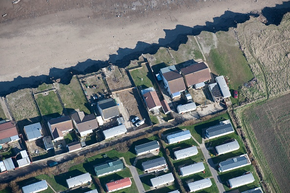 Coastal Feature「Bungalows At Risk From Coastal Erosion」:写真・画像(19)[壁紙.com]