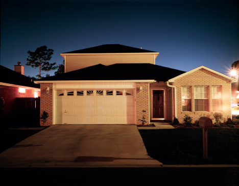 USA「House at night」:スマホ壁紙(6)