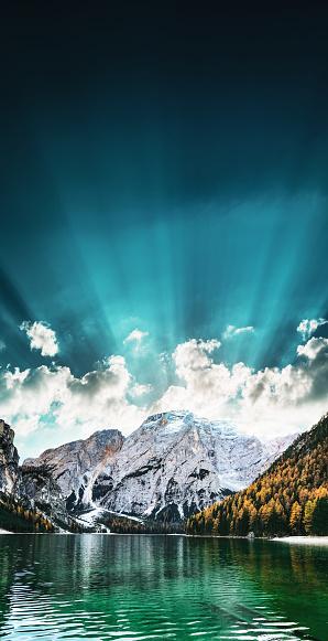 Alto Adige - Italy「Braies lake in south tyrol - Italy」:スマホ壁紙(9)