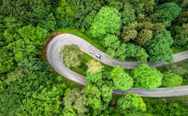 Extreme curve ,country road:スマホ壁紙(壁紙.com)