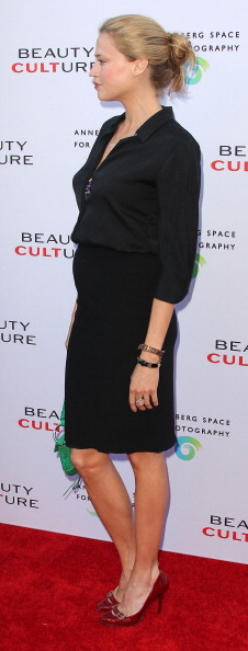 """Estella Warren「Opening Night Of """"Beauty Culture"""" At The Annenberg Space For Photography - Arrivals」:写真・画像(8)[壁紙.com]"""