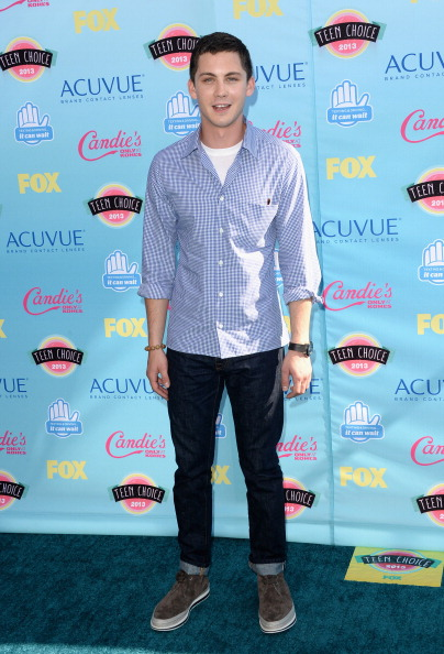 Dark Blue「Teen Choice Awards 2013 - Arrivals」:写真・画像(14)[壁紙.com]