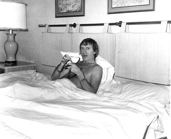 One Man Only「Jimmy In Bed」:写真・画像(6)[壁紙.com]