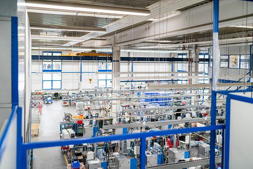 ������「Machines on factory shop floor」:スマホ壁紙(15)