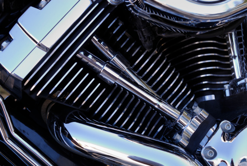 Motorcycle「Chromed motorbike engine, close-up」:スマホ壁紙(9)