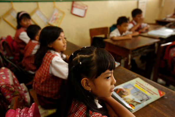 Ed Wray「Indonesian School Curriculum To Drop Science Classes To Increase Religon And Nationalism Studies」:写真・画像(17)[壁紙.com]
