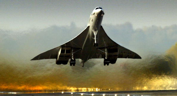 Heathrow Airport「Concorde Prepares For It's Swansong On Friday」:写真・画像(7)[壁紙.com]