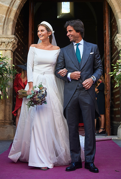 下襟「Sibi Montes And Alvaro Sanchis Wedding in Seville」:写真・画像(16)[壁紙.com]