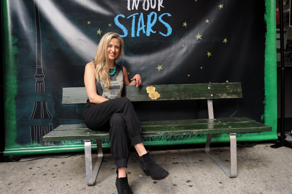 """Bench「""""Fault In Our Stars"""" New York City Bench Unveiling」:写真・画像(2)[壁紙.com]"""