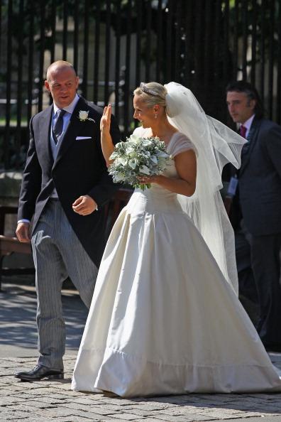 Wedding Dress「Zara Phillips Marries Mike Tindall In Edinburgh」:写真・画像(0)[壁紙.com]